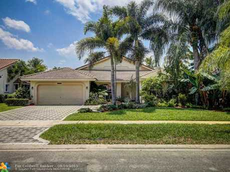 10900 NW 7th Ct - Photo 1