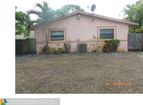 1107 NW 7th Ave - Photo 1