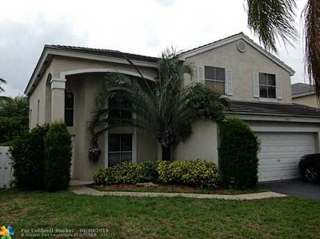 5423 NW 55th Ter - Photo 1