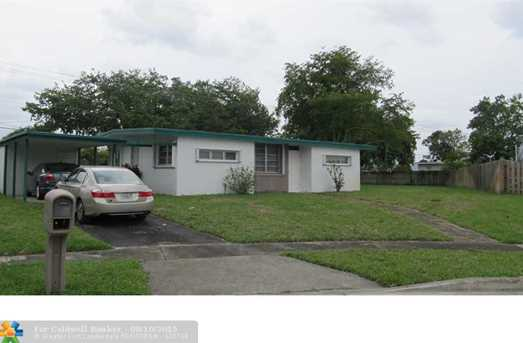 5800 NW 18th Ct - Photo 1