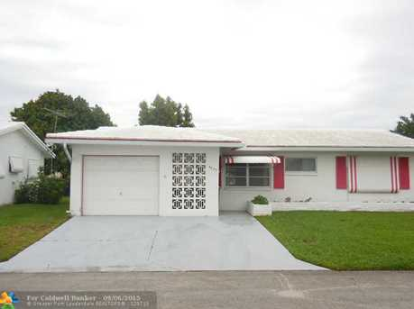 4403 NW 47th St - Photo 1