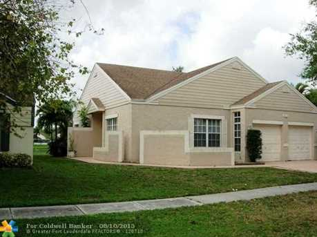 1230 SW 86th Ave - Photo 1