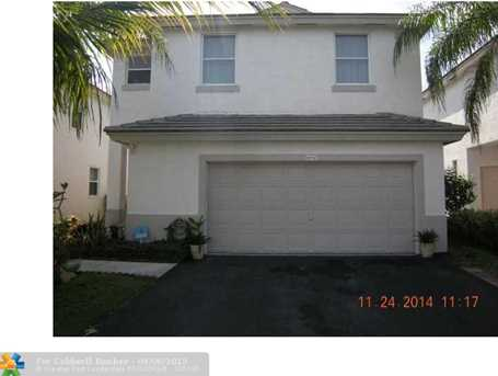 6850 NW 69 Ct - Photo 1