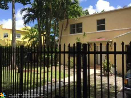 1536 NW 9th St - Photo 1
