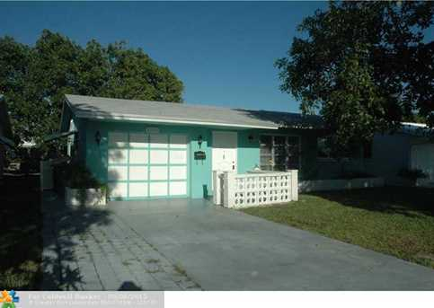 6106 NW 70th Ave - Photo 1