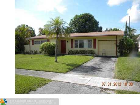 6640 Nw 25 Ct - Photo 1