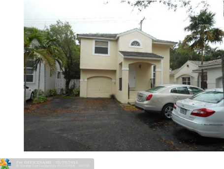 813 NW 99th Ave - Photo 1