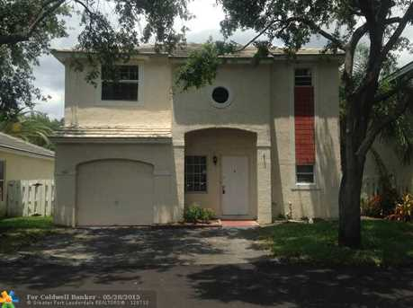 847 Nw 98Th Ave - Photo 1