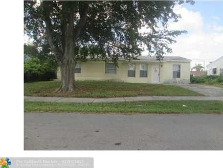 6840 Sw 16Th Ct - Photo 1