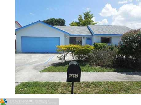 9452 Nw 43Rd Ct - Photo 1
