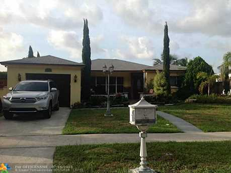 5060 Sw 11Th St - Photo 1