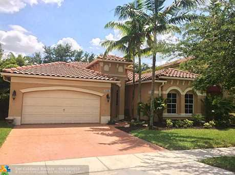 14100 SW 54th St - Photo 1