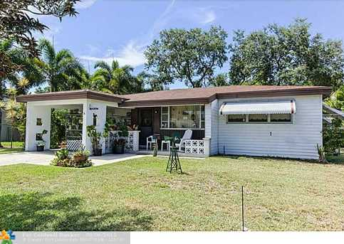 3305 SW 20th Ct - Photo 1