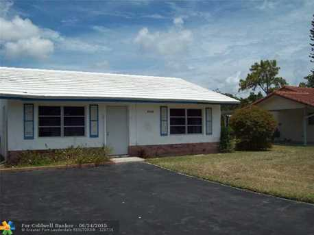 7004 Nw 95Th Ave - Photo 1