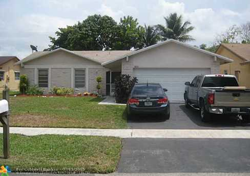 9350 Nw 40Th Ct - Photo 1