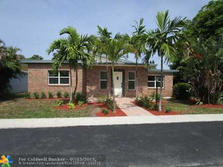 829 Nw 6Th Ave - Photo 1