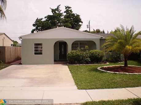 201 NW 54th Ct - Photo 1