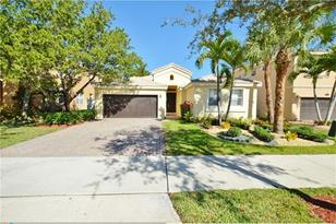 15729 SW 54th Ct - Photo 1