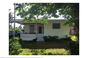 2650 SW 65th Ave - Photo 1