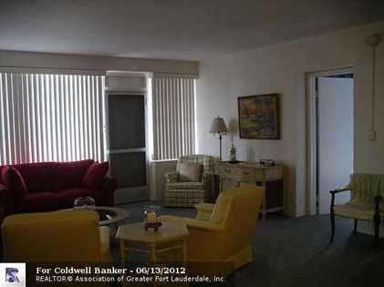 3233 NE 34th St, Unit # 208 - Photo 1
