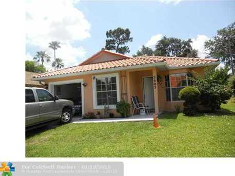 5685 Boynton Bay Cir - Photo 1