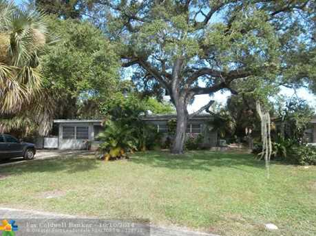 200 SW 21st Way - Photo 1
