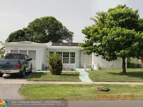 4675 NW 41st St - Photo 1