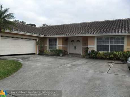 11600 NW 21st St - Photo 1