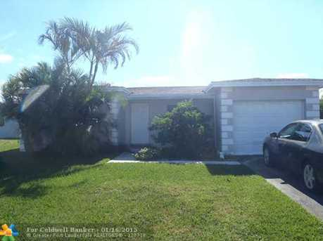 6860 SW 9th Pl - Photo 1