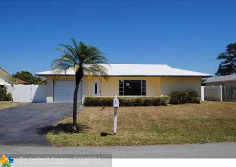 9801 NW 67th Ct - Photo 1