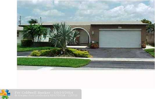8721 NW 24th Ct - Photo 1