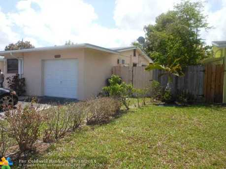 2743 NW 35th Ter - Photo 1