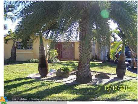 8220 NW 11th Ct - Photo 1