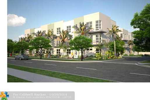 4309 NE 1st Terrace, Unit # 11 - Photo 1
