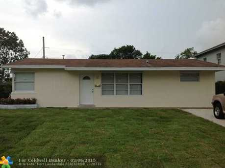 2750 SW 2nd Ct - Photo 1
