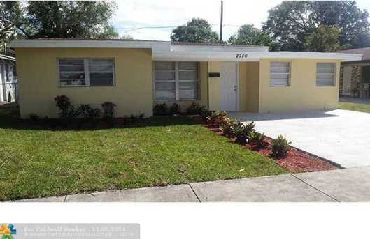 2740 NW 13th St - Photo 1