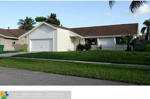 7350 NW 37th St - Photo 1