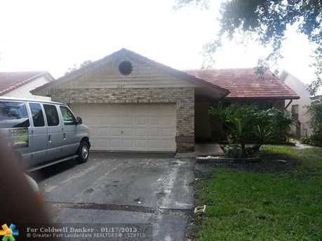 2477 NW 92nd Ave - Photo 1