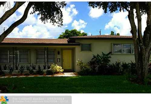 2600 NW 6th Ave - Photo 1