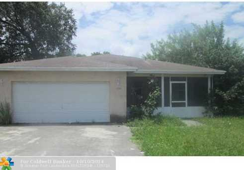 1020 NW 5th Ct - Photo 1
