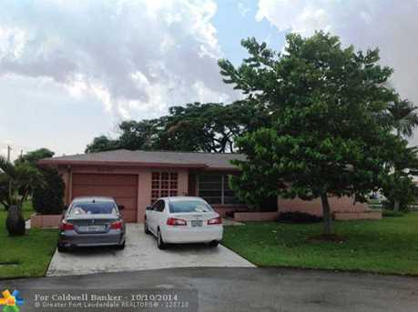 5805 NW 69th Ave - Photo 1