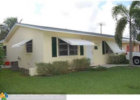 6102 NW 69th Ave - Photo 1