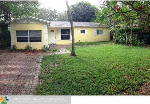 300 SW 19th Ave - Photo 1