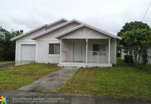 528 NW 22nd Ave - Photo 1