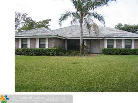 10870 NW 4th Dr - Photo 1