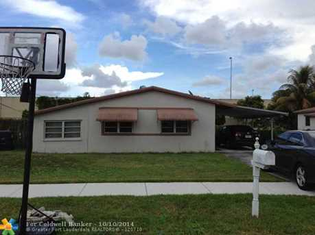 5860 NW 41st Ter - Photo 1