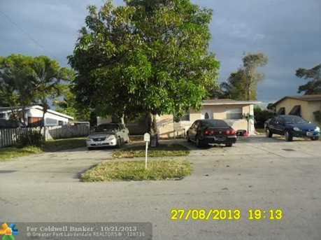 1528 NW 15th Pl - Photo 1