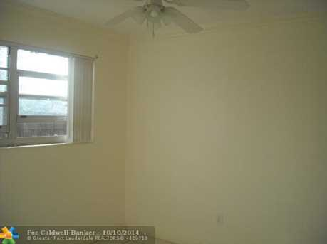 704 SW 7th Ter - Photo 1