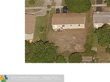 3030 NW 26th St - Photo 1