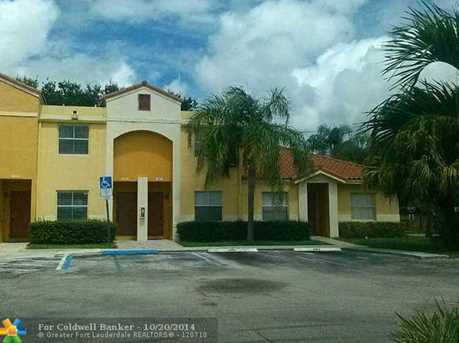 4077 NW 90th Ave, Unit # 4077 - Photo 1